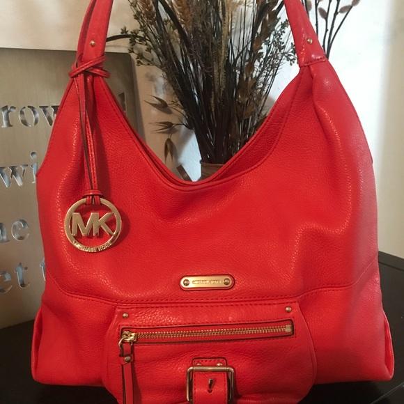 30af74288307ef Michael Kors Bags   Authentic Tz Leather Shoulder Bag   Poshmark